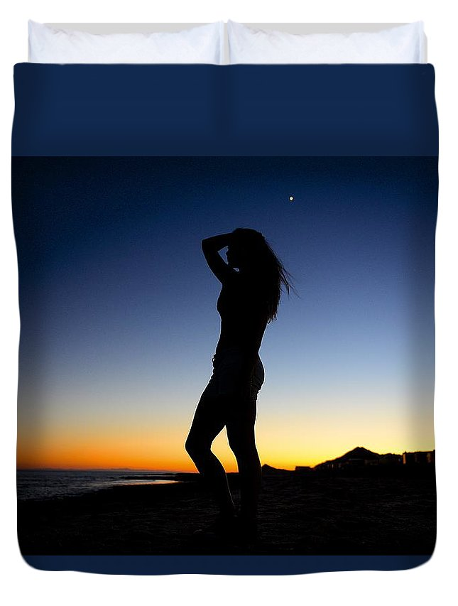 Sunset Duvet Cover featuring the photograph Sunset Silhouette #1 by Clyn Robinson