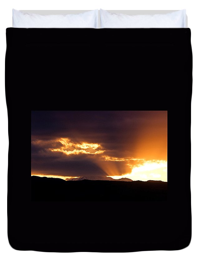 Sunset Duvet Cover featuring the photograph Sunset Sunbeams by James BO Insogna