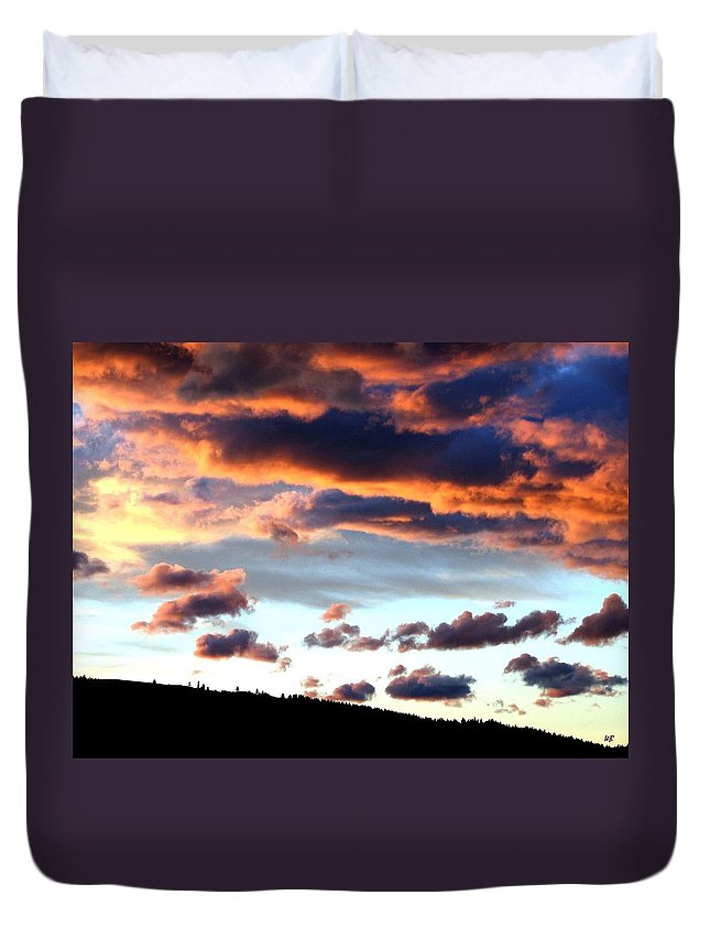 Sunset Duvet Cover featuring the photograph Sunset Supreme by Will Borden