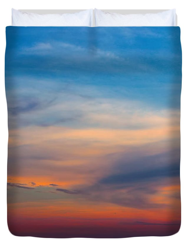 Sunset Duvet Cover featuring the photograph Sunset Windsor Illinois by Theresa Campbell