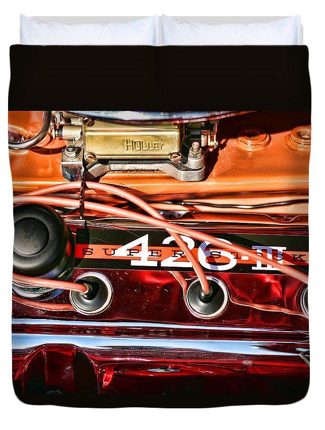 Chrysler Duvet Cover featuring the photograph Super Stock Ss 426 IIi Hemi Motor by Gordon Dean II