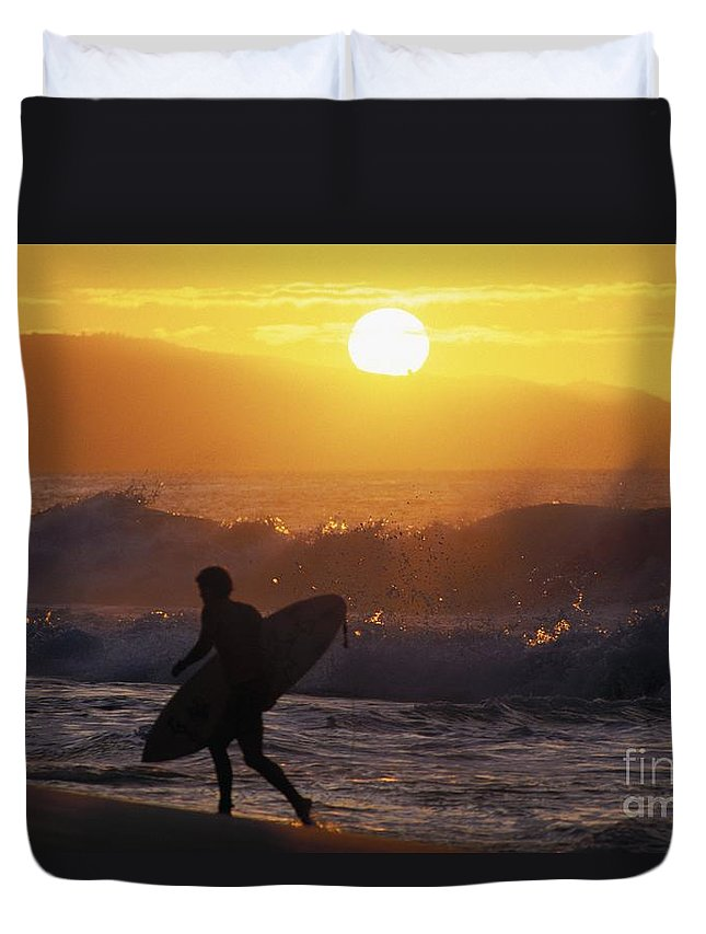 Ali O Neal Duvet Cover featuring the photograph Surfer Walking At Sunset by Ali ONeal - Printscapes