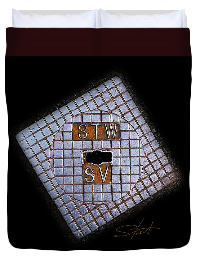 Diamond Duvet Cover featuring the photograph SV by Charles Stuart