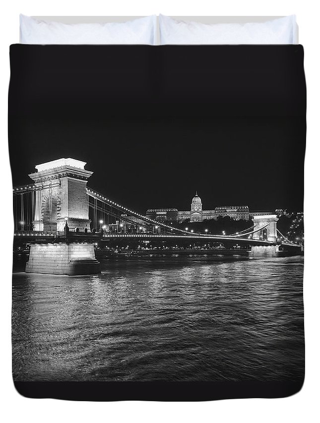 Hungary Duvet Cover featuring the photograph Szechenyi Chain Bridge Budapest by Alan Toepfer