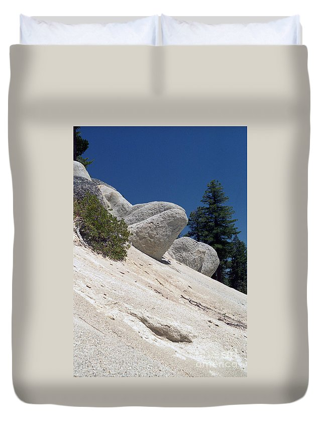 Abstract Duvet Cover featuring the photograph Tahoe Rocks by Richard Rizzo