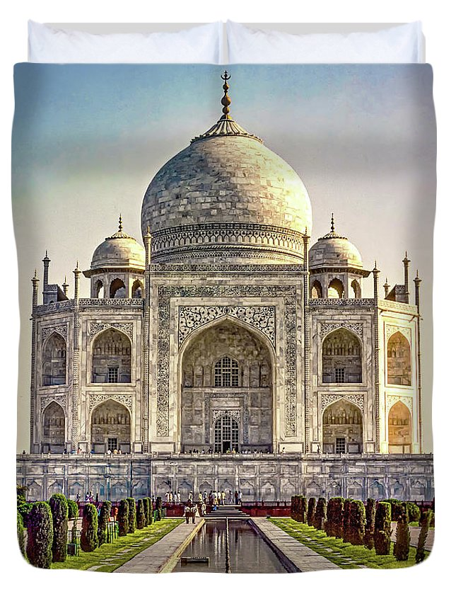 Architecture Duvet Cover featuring the photograph Taj Mahal by Steve Harrington