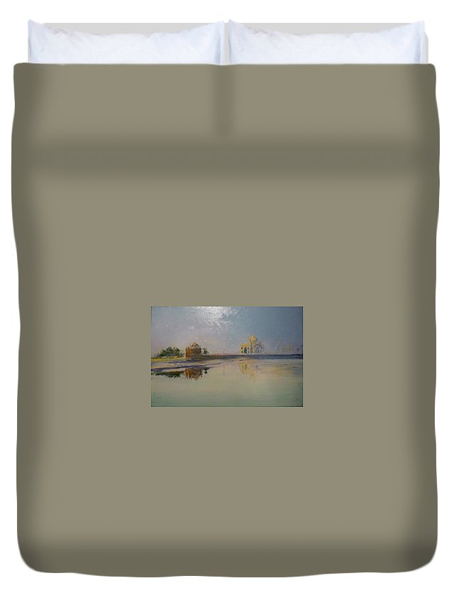Taj Mahal Duvet Cover featuring the painting Taj Mahal Sunrise by Lizzy Forrester