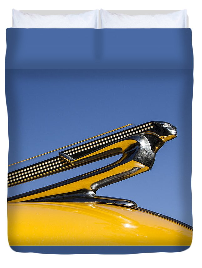 Crusin Grand Duvet Cover featuring the photograph Taking Off by Guy Shultz