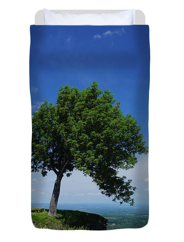Trees Duvet Cover featuring the photograph Taking Piont by Jeffery L Bowers
