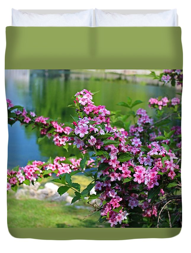 Lake Duvet Cover featuring the photograph Tame A Wild Heart by Michiale Schneider