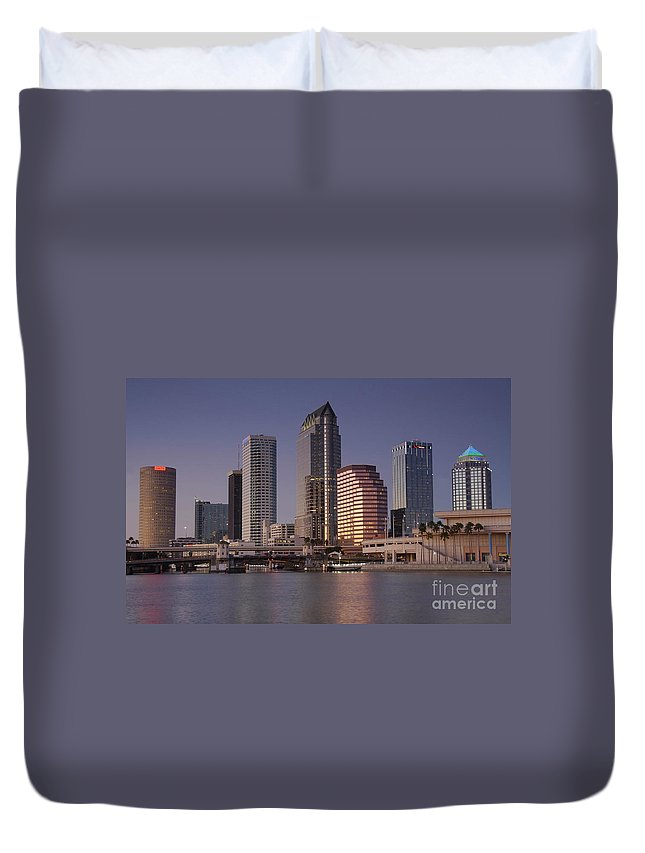 Tampa Florida Duvet Cover featuring the photograph Tampa Florida by David Lee Thompson
