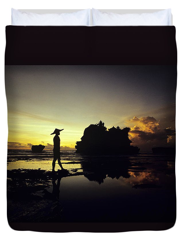 Asian Cultural Art Duvet Cover featuring the photograph Tanah Lot Temple by William Waterfall - Printscapes