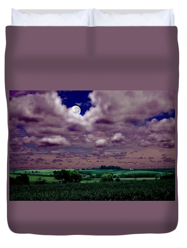 Landscape Duvet Cover featuring the photograph Tarkio Moon by Steve Karol