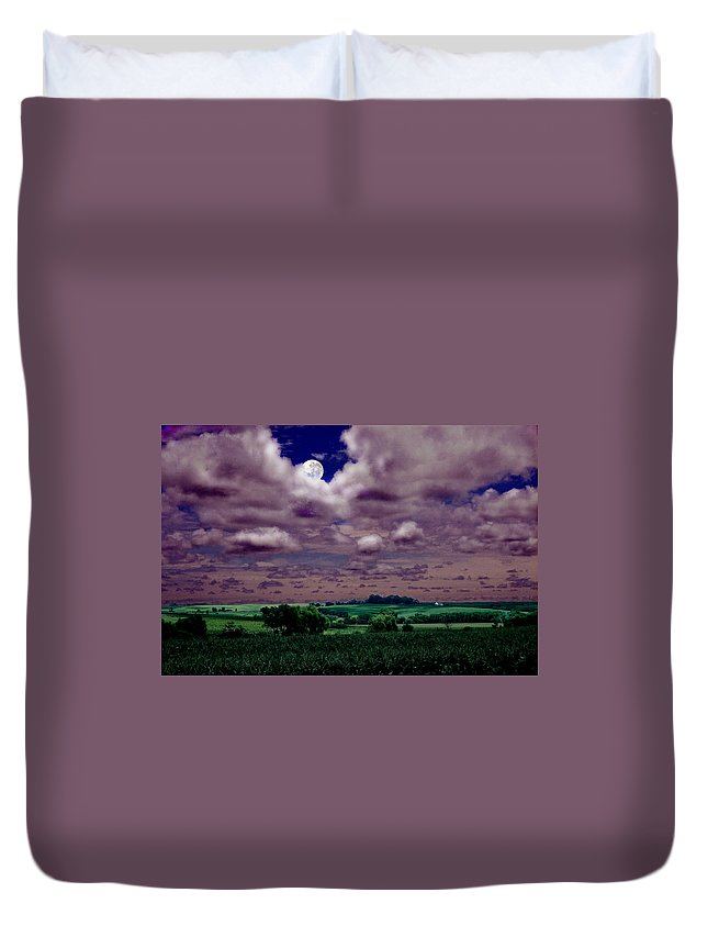 Landscape Duvet Cover featuring the photograph Tarkio Moon by Steve Karol