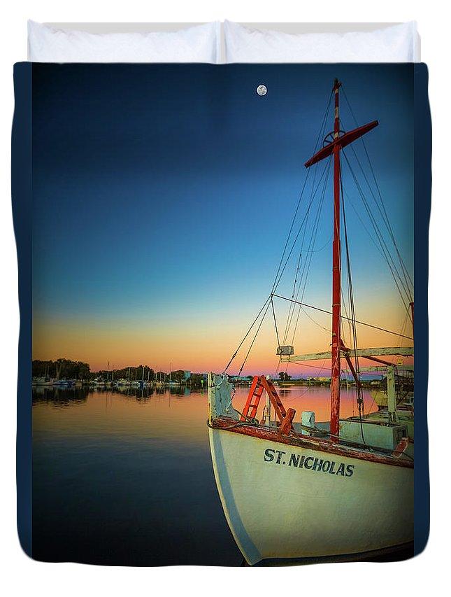 Florida Duvet Cover featuring the photograph Tarpon Springs by Jean-Claude Ardila