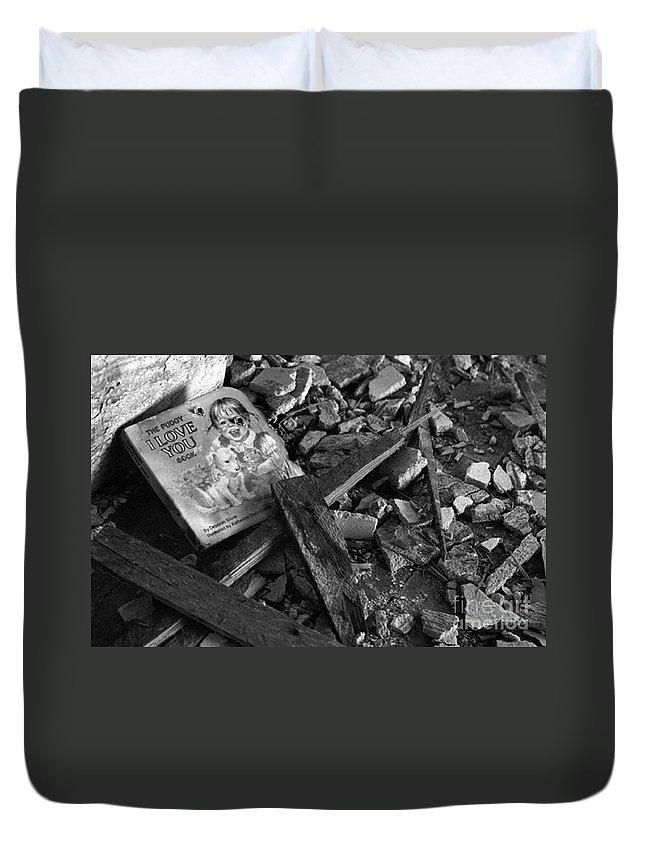 Dark Art Duvet Cover featuring the photograph Tell Me A Story by Peter Piatt