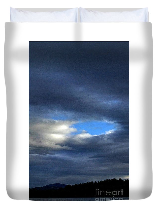 Nature Duvet Cover featuring the photograph Temporary by Skip Willits