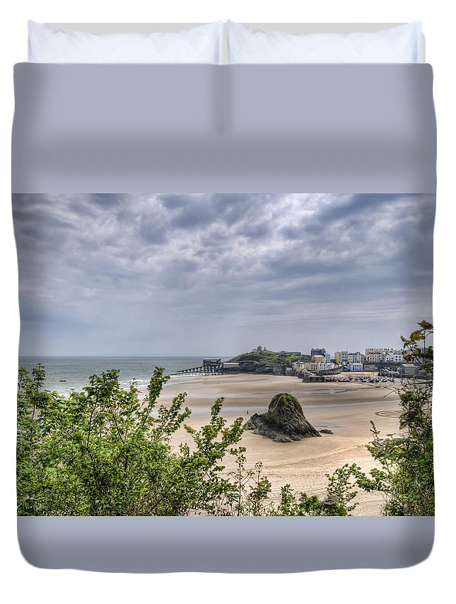 Tenby Pembrokeshire Duvet Cover featuring the photograph Tenby Pembrokeshire Low Tide by Steve Purnell