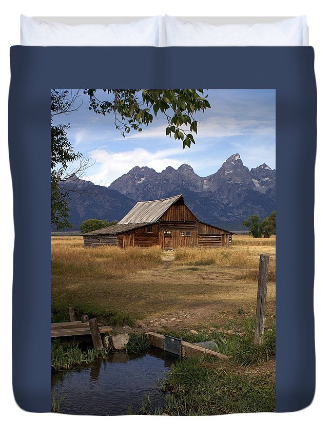 Grand Teton National Park Duvet Cover featuring the photograph Teton Barn 2 by Marty Koch