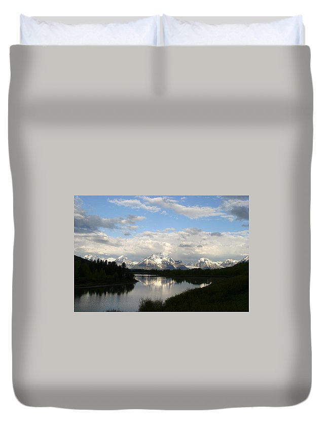 Grand Tetons Mountains Snow Capped National Park Nature Nature Snow Water Lake Sillouhette Skyline Duvet Cover featuring the photograph Tetons At Dawn by Shari Jardina