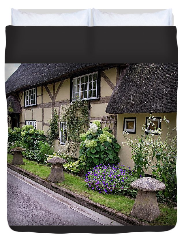 Cottage Duvet Cover featuring the photograph Thatched Cottages Of Hampshire 24 by Shirley Mitchell
