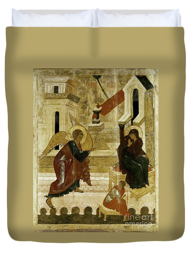 16th Century Duvet Cover featuring the photograph The Annunciation by Granger
