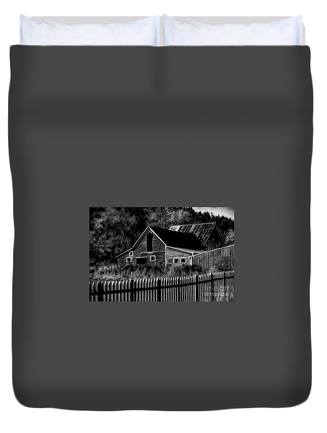 Barn Duvet Cover featuring the photograph The Barn Bw by Mike Nellums