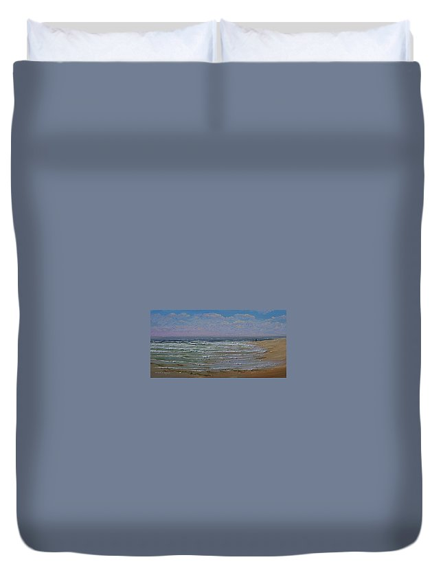 Seascape Duvet Cover featuring the painting The Beachcomber by Frank Wilson