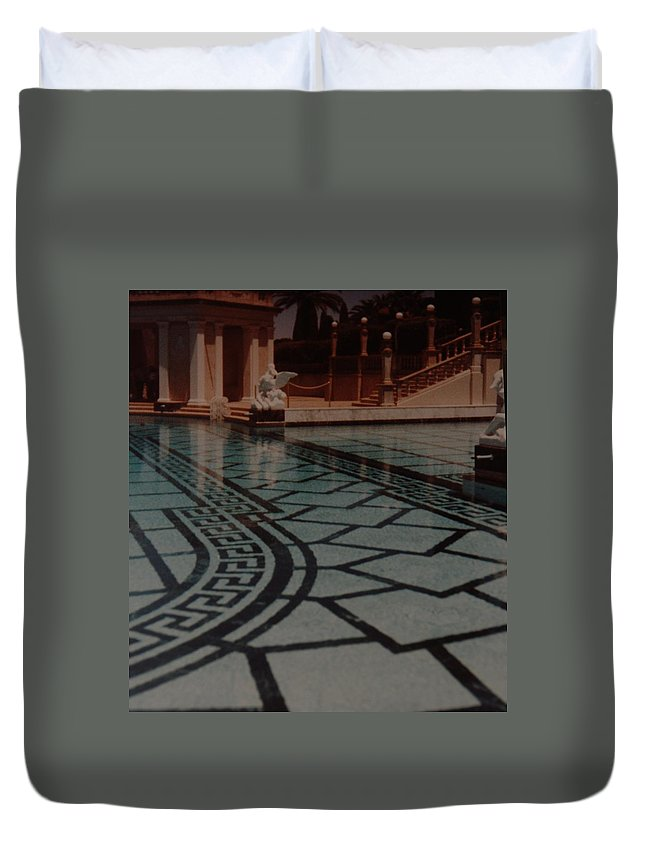 Sculpture Duvet Cover featuring the photograph The Biggest Pool by Rob Hans
