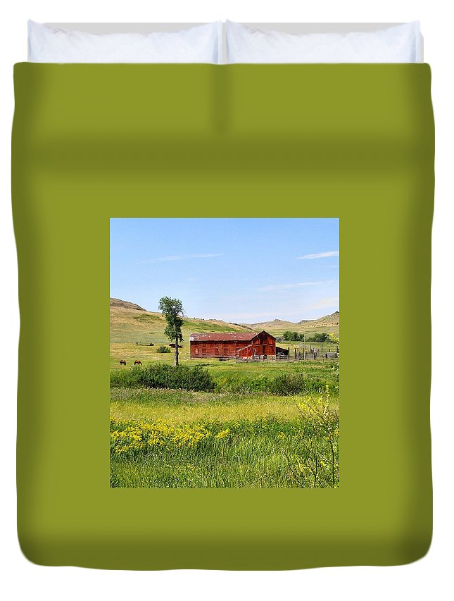 Montana Duvet Cover featuring the photograph The Color Of Montana by Susan Kinney