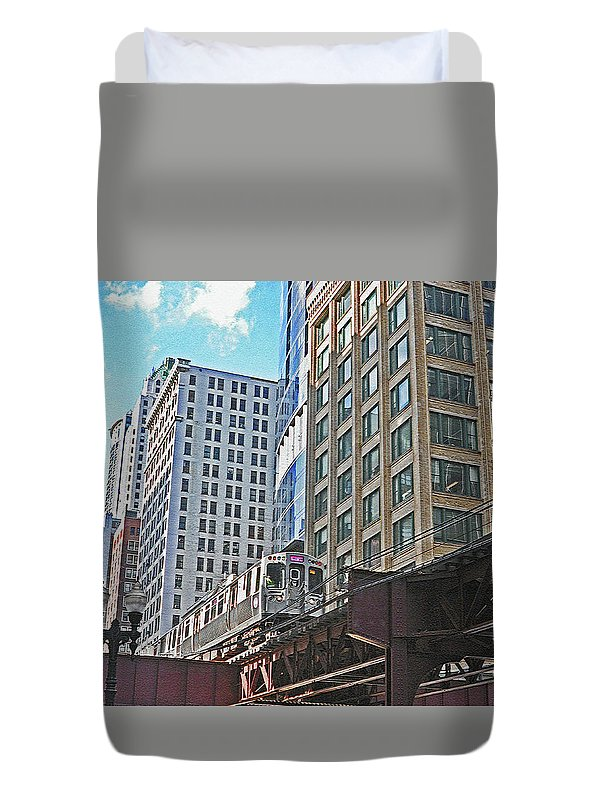 Chicago Duvet Cover featuring the photograph The Commute Home by Lydia Holly