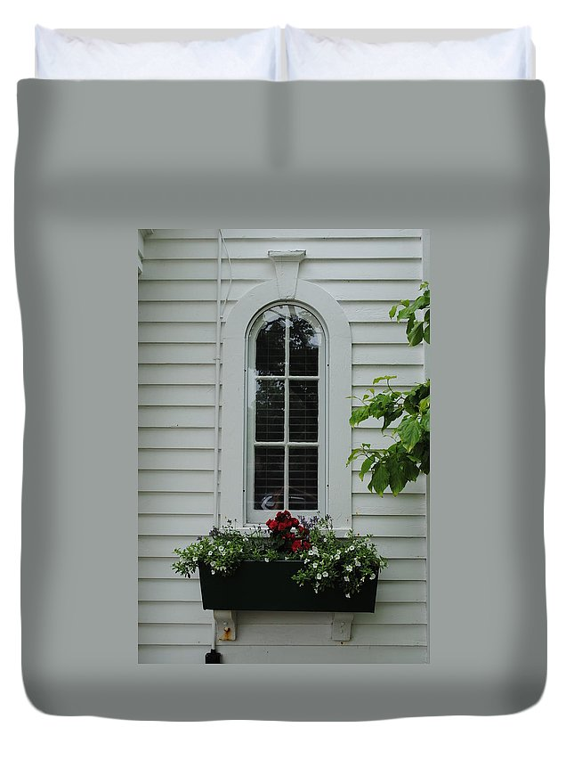 Window Duvet Cover featuring the photograph The Curve Window by Jost Houk