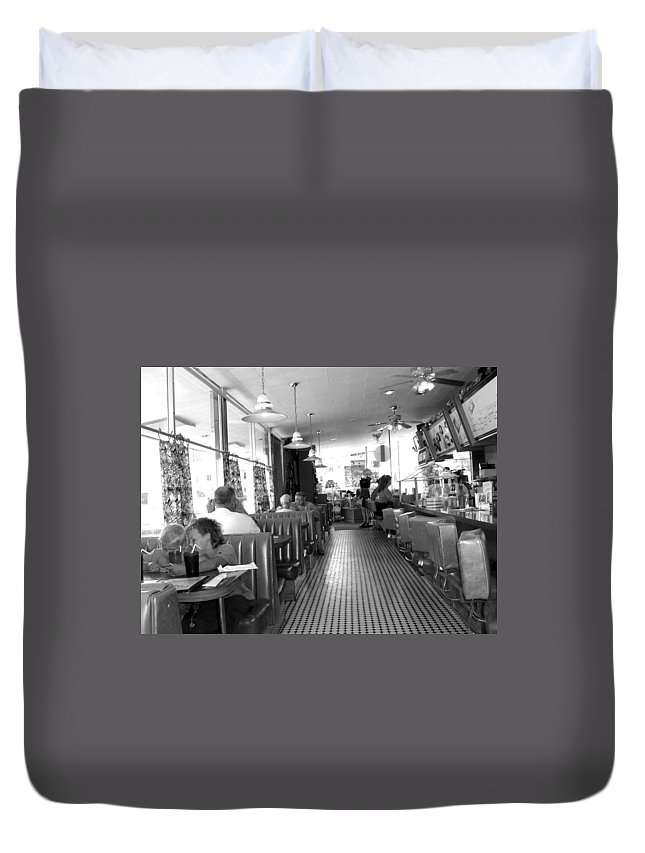 Diner Duvet Cover featuring the photograph The Diner by Wayne Potrafka