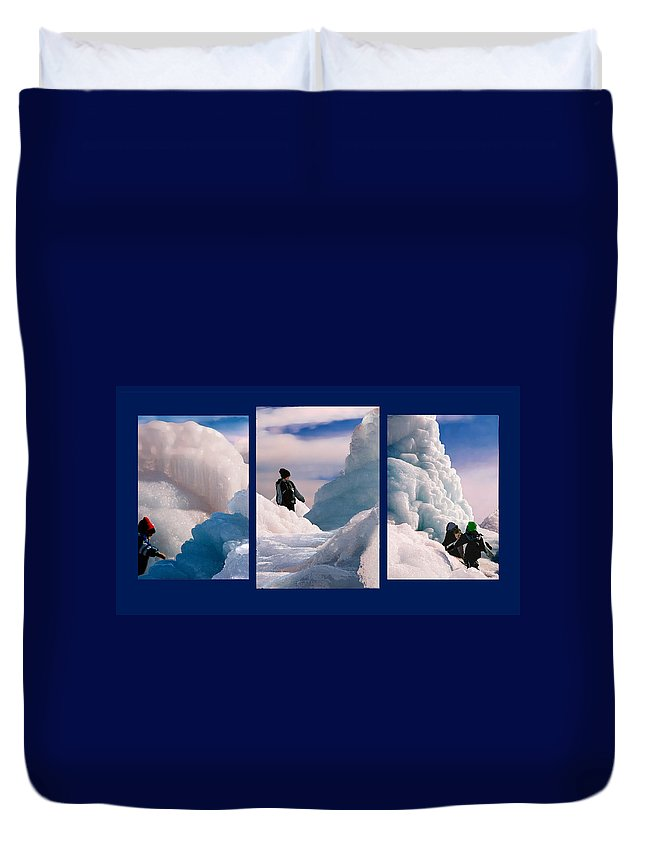Landscape Duvet Cover featuring the photograph The Explorers by Steve Karol