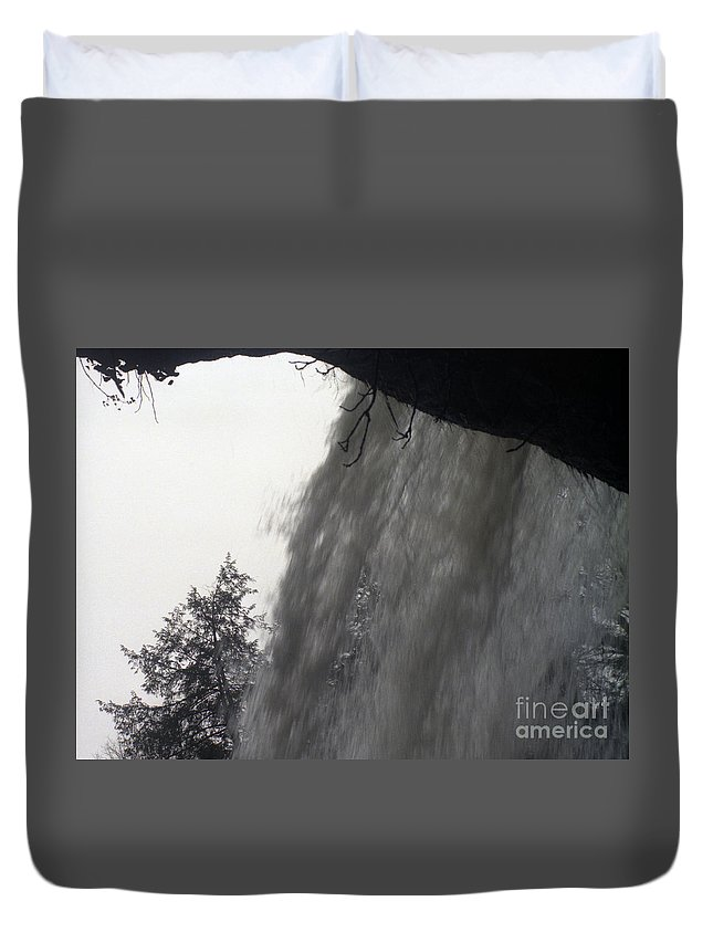 Waterfalls Duvet Cover featuring the photograph The Falls by Richard Rizzo