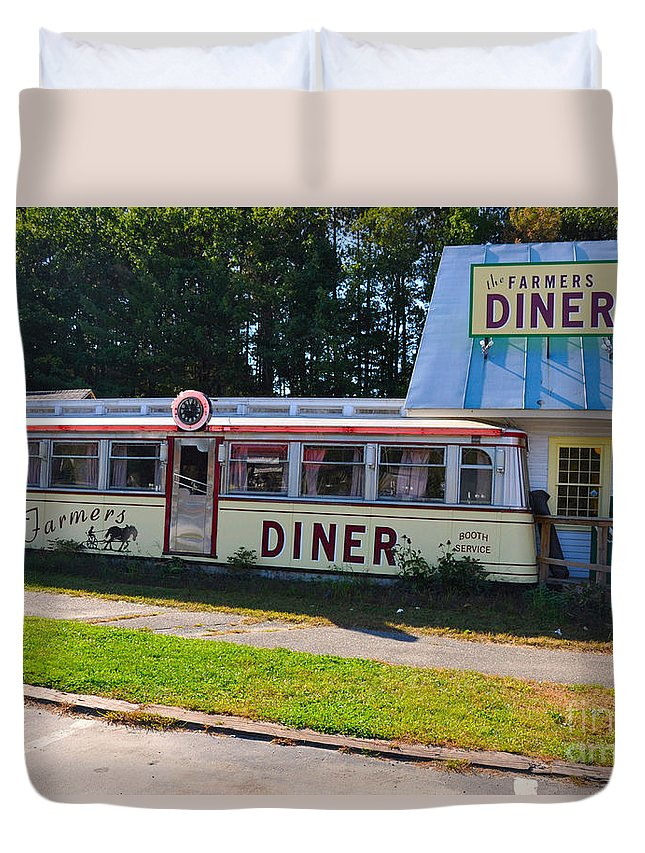 The Farmers Diner Duvet Cover featuring the photograph The Farmers Diner by Wanda-Lynn Searles