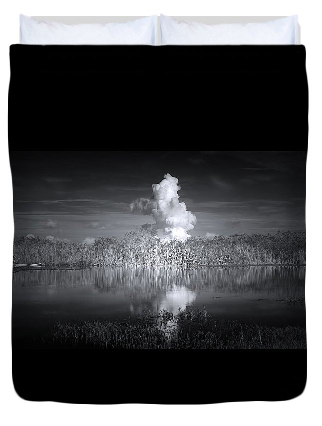 Everglades Duvet Cover featuring the photograph The Florida Everglades by Mark Andrew Thomas
