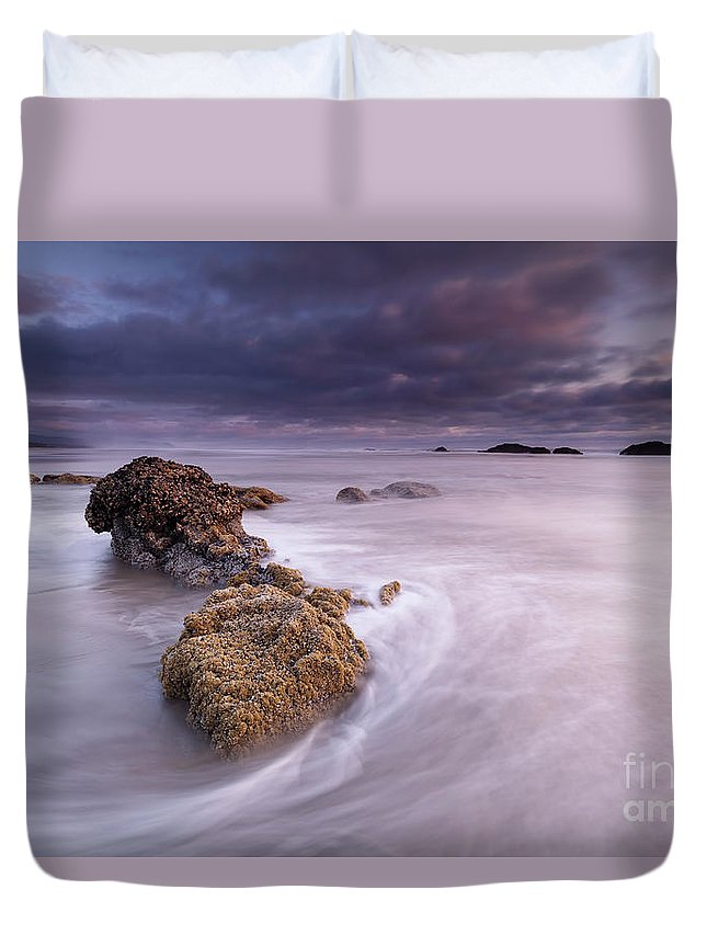 Beach Duvet Cover featuring the photograph The Flow by Masako Metz