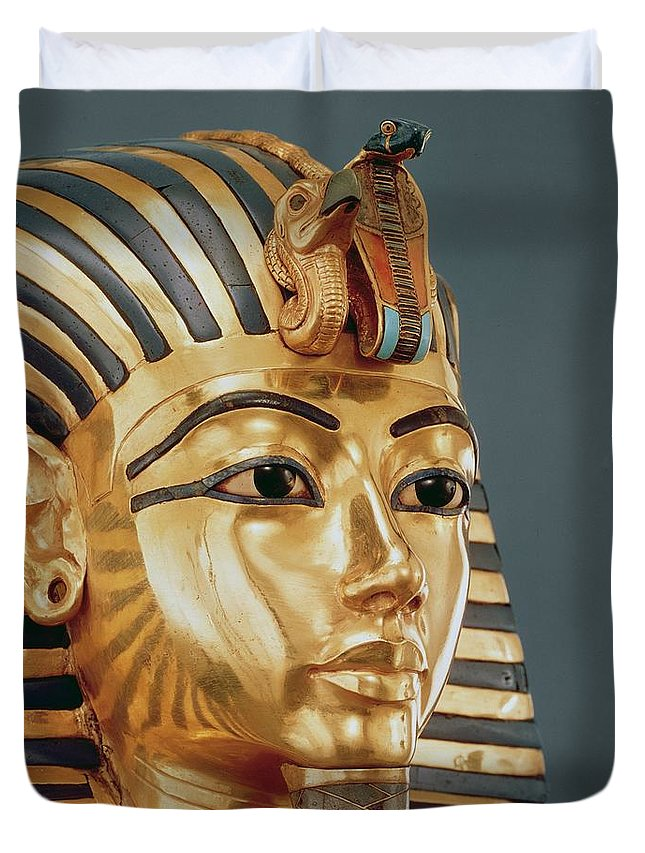 Tut Duvet Cover featuring the sculpture The Funerary Mask Of Tutankhamun by Unknown