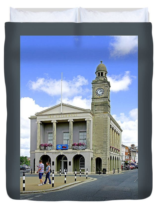 Isle Of Wight Duvet Cover featuring the photograph The Guild Hall At Newport by Rod Johnson