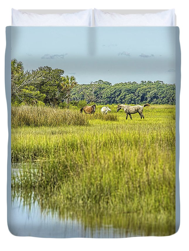 Amelia Island Photographer Duvet Cover featuring the photograph The Horses Of Cumberland Island by Paula Porterfield-Izzo