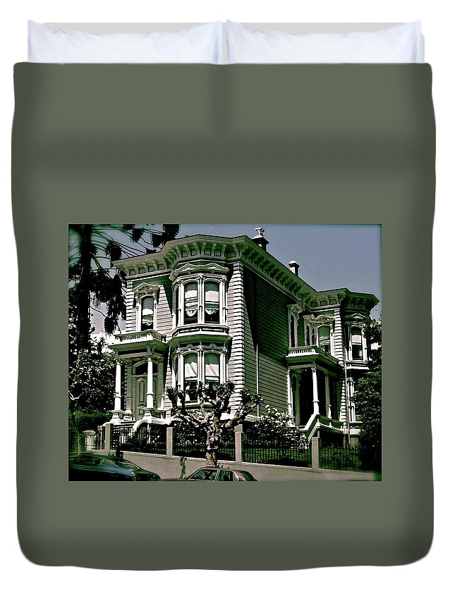 San Francisco Duvet Cover featuring the photograph The House On The Hill by Ira Shander