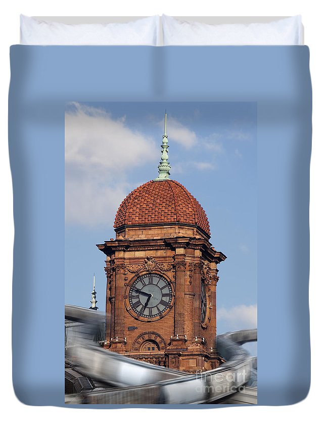 Trains Duvet Cover featuring the photograph The Hub by Kelvin Booker