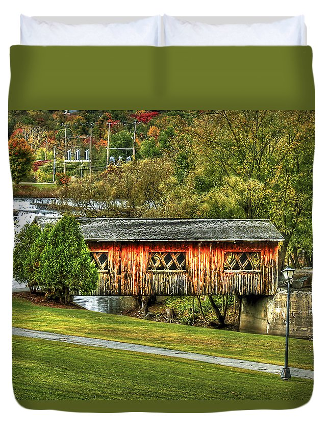 Covered Bridge Duvet Cover featuring the photograph The Kissing Bridge by Evelina Kremsdorf