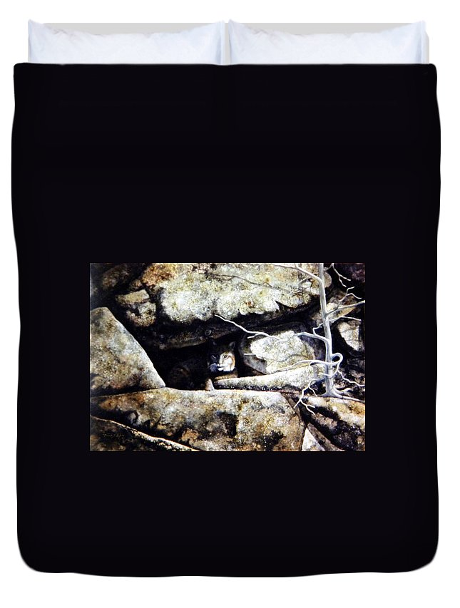 Wildlife Duvet Cover featuring the painting The Lookout Lynx by Frank Wilson