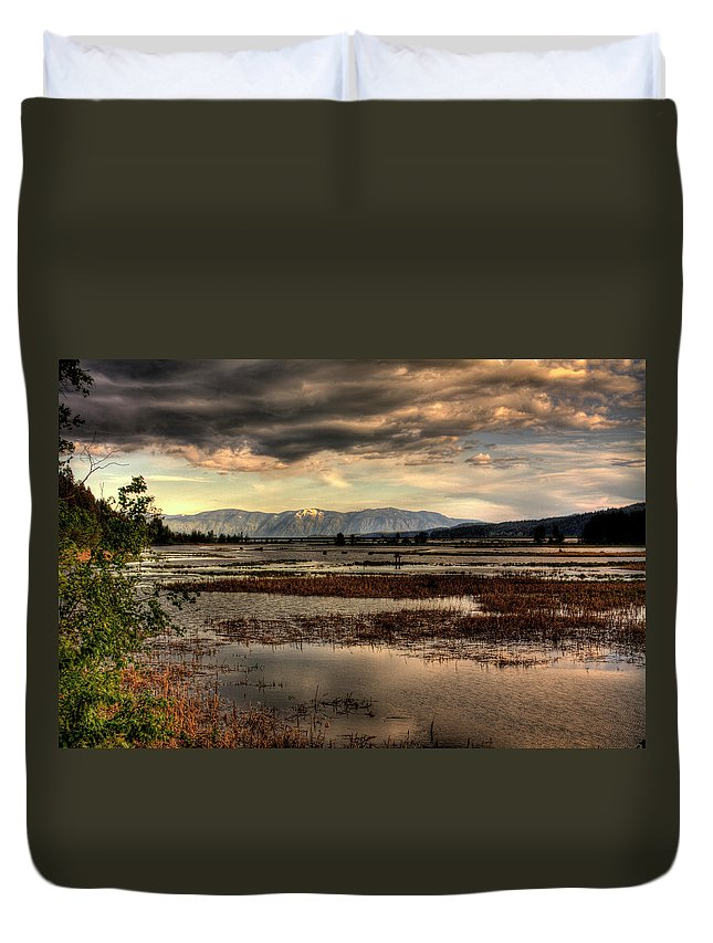 Scanic Duvet Cover featuring the photograph The Lower Pack River Idaho by Lee Santa