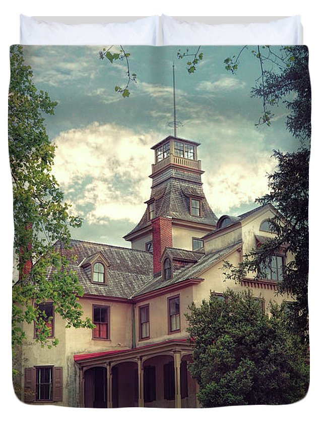 Mansion Duvet Cover featuring the photograph The Mansion by John Rivera