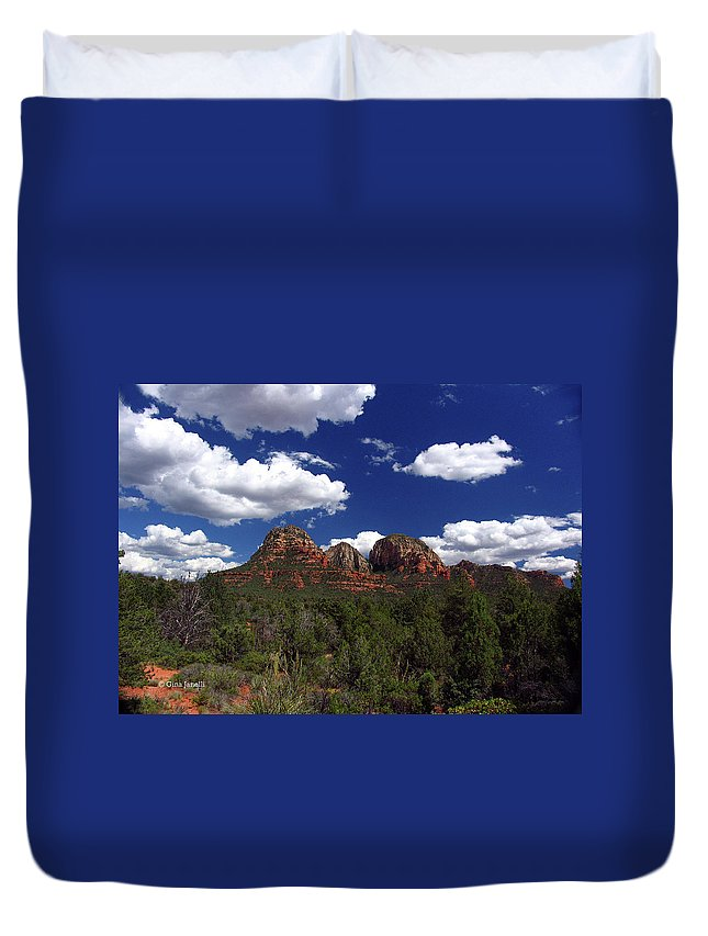 Sedona Duvet Cover featuring the photograph The Masters Canvas by Gina Janelli