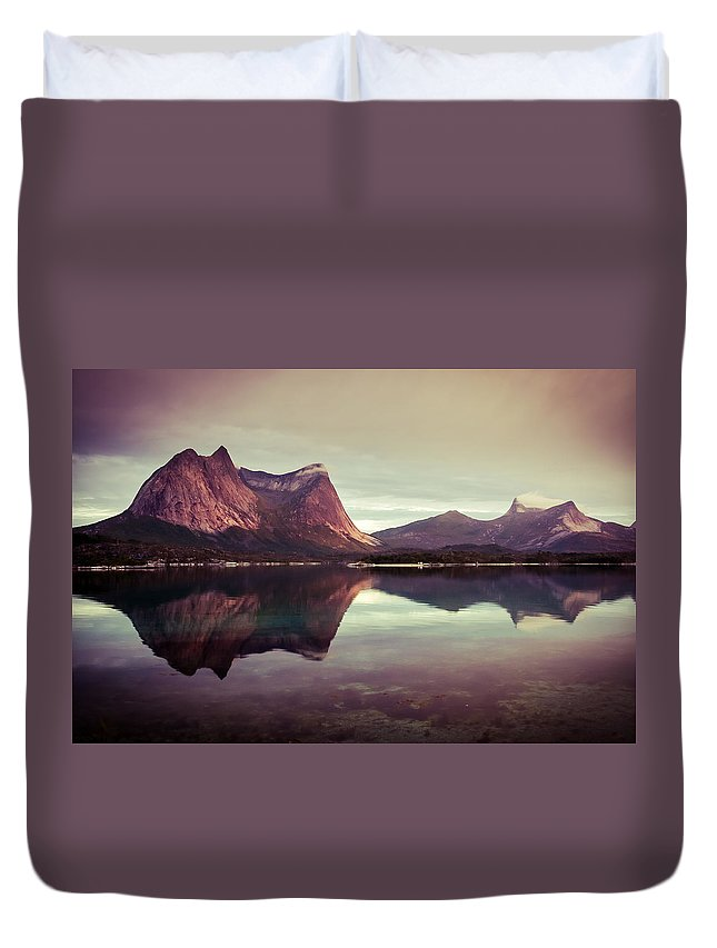 Europe Duvet Cover featuring the photograph The Mirroring by Radek Spanninger