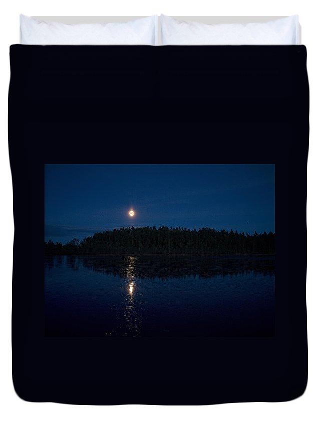 Lehtokukka Duvet Cover featuring the photograph The Moon Over Saari-soljanen by Jouko Lehto